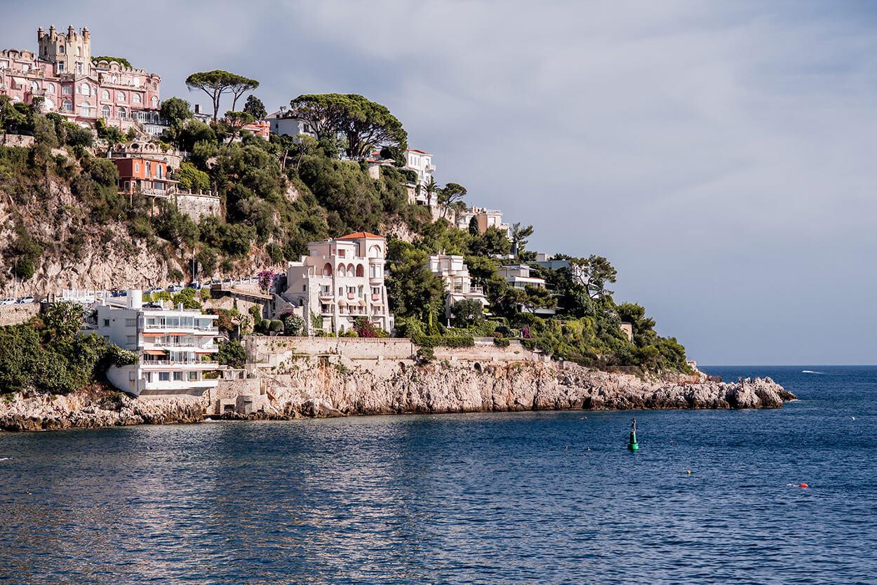 Paysage du bord de mer de Nice, Coco beach