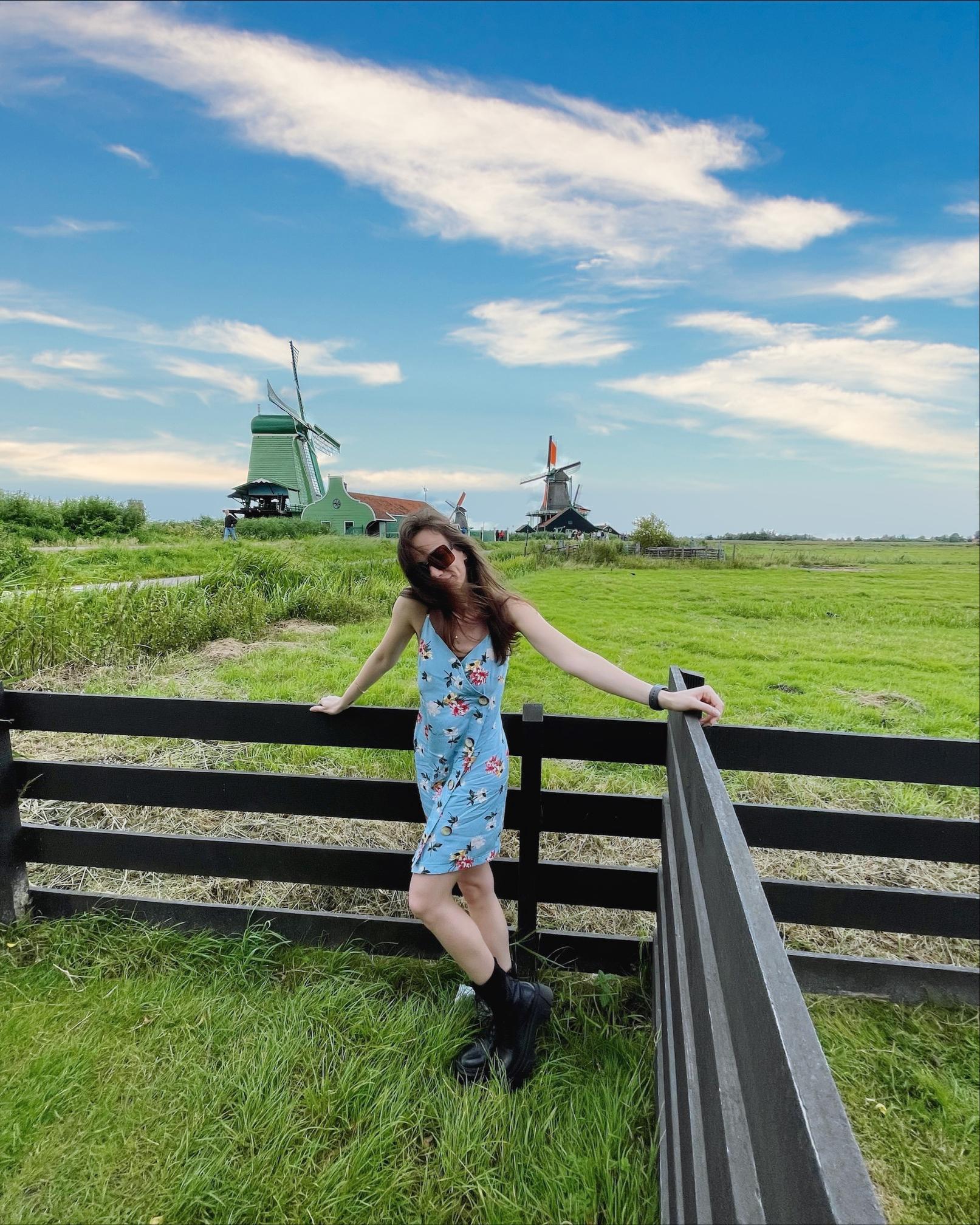 Expat joying the Dutch sights
