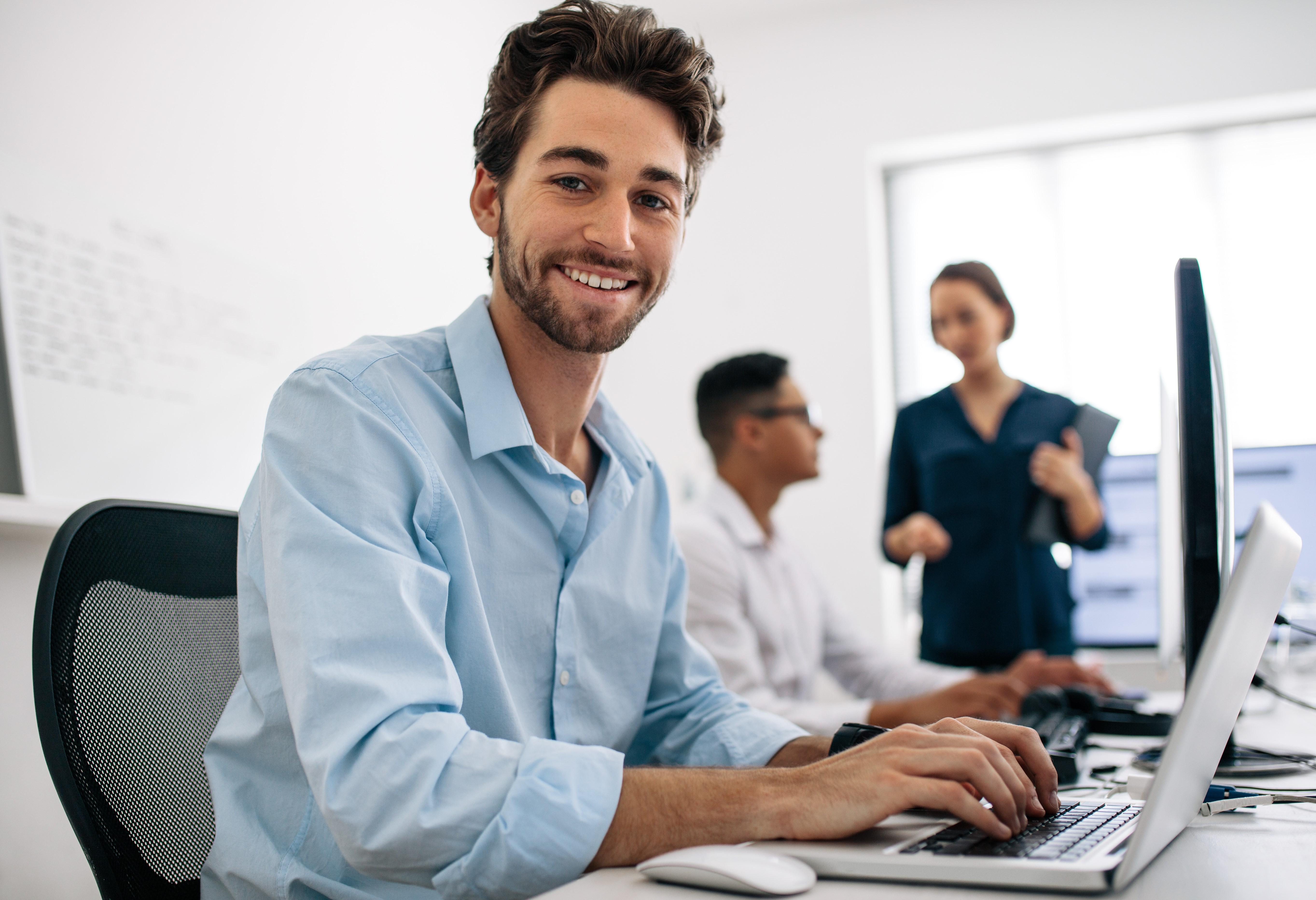 Titre professionnel : Assistant(e) Commercial(e)