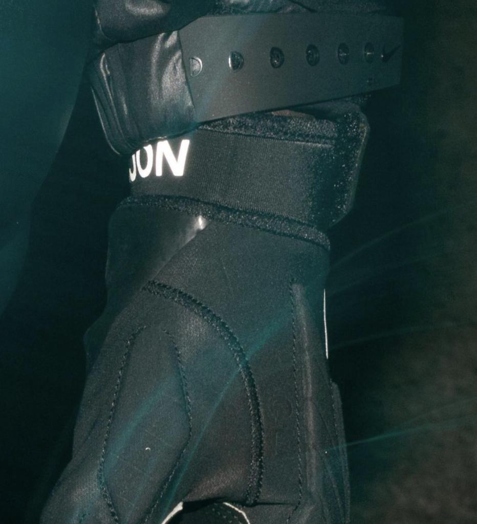 Drake Nocta Gloves