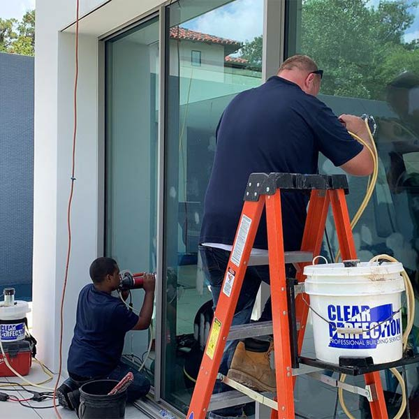 Glass restoration in the Greater Houston Area