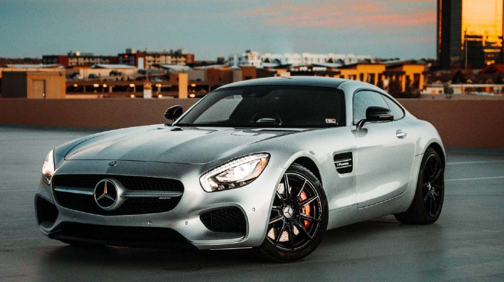 How Mercedes-Benz USA Uses Creative Intelligence to Unleash its Social Advertising & Content Performance.