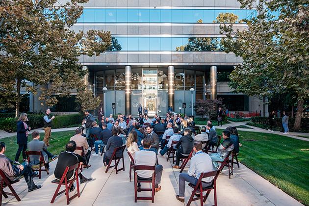 Singularity University Executive Program - Participants at outfoors