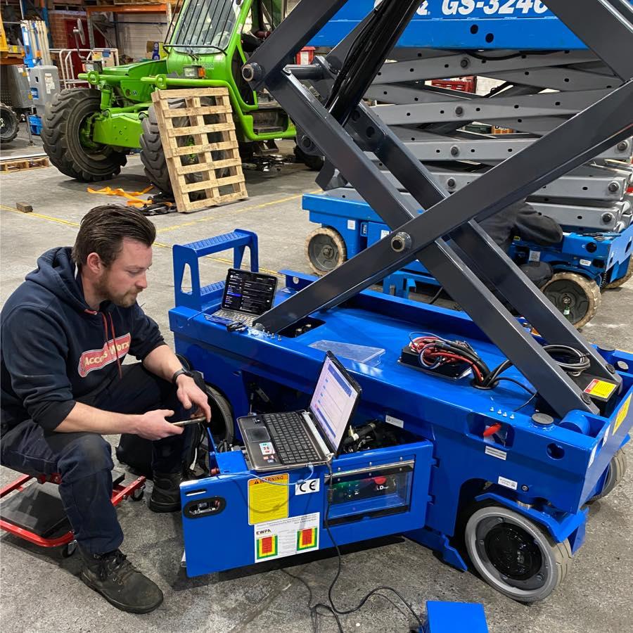 technician installing software