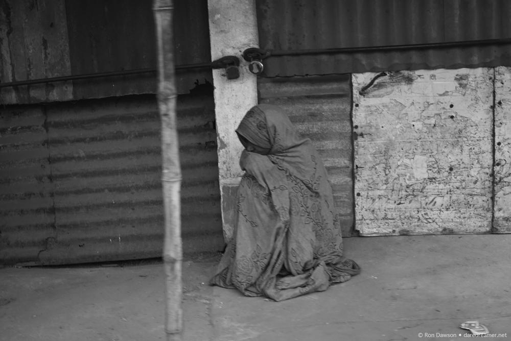 Kolkata lonely girl
