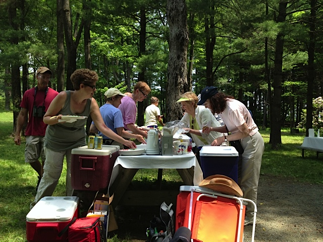 2022_05-01 Allen Bird Club Picnic and Annual Meeting at Heritage Park, East Longmeadow