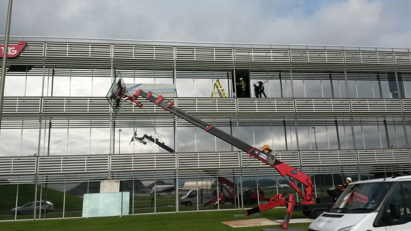 Replacing several cracked and damaged glazed units to a curtain wall facade
