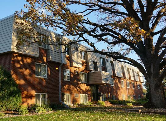 Newport Ponds Apartments