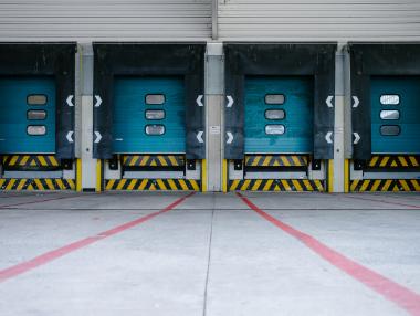 Logistics hub delivery bay