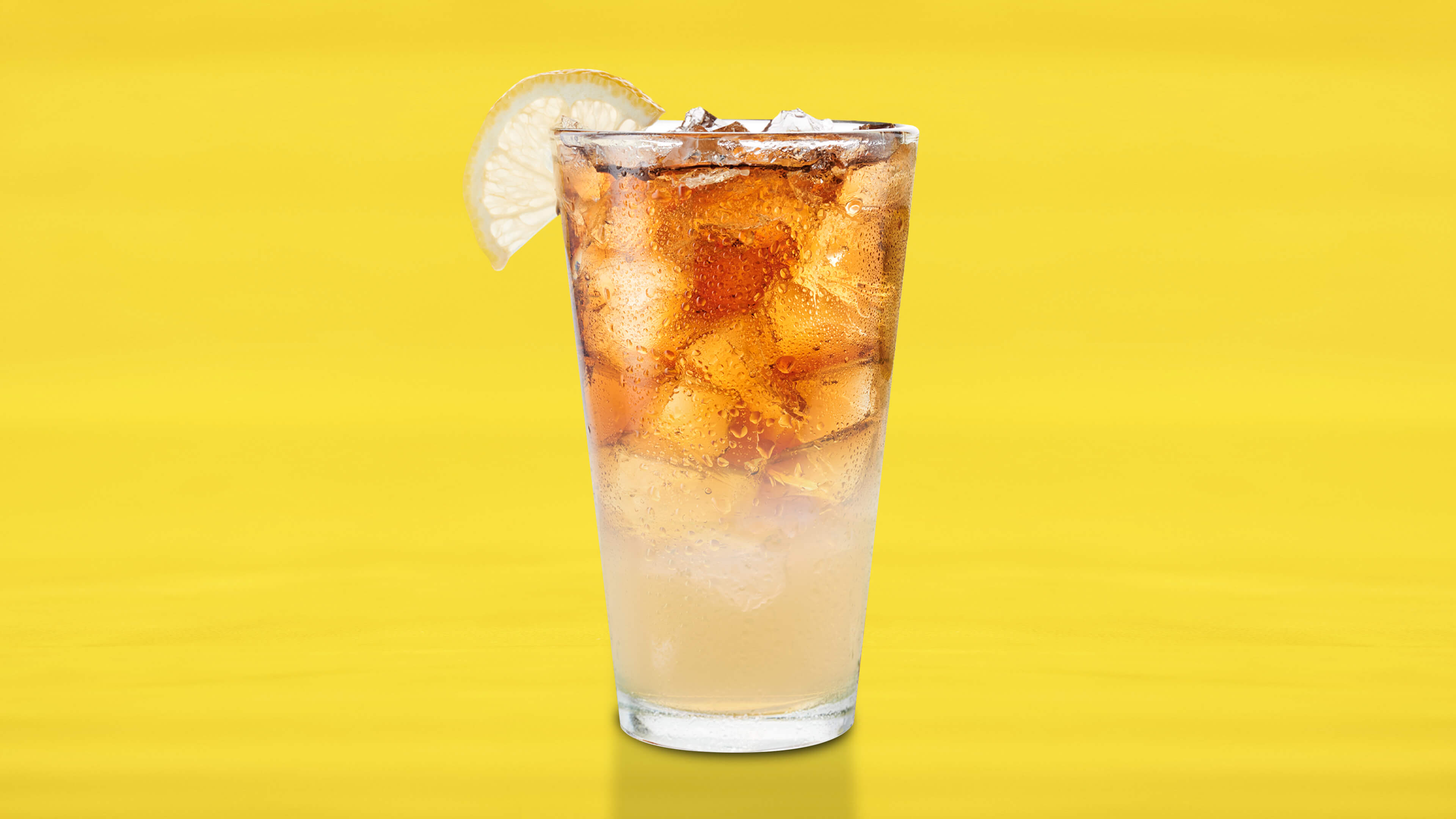 KHALIFA PALMER - Refreshing iced tea and lemonade collide for Wiz's signature sip.