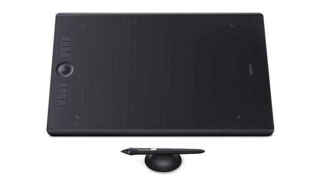 Wacos Intuos Pro digitizer tablet