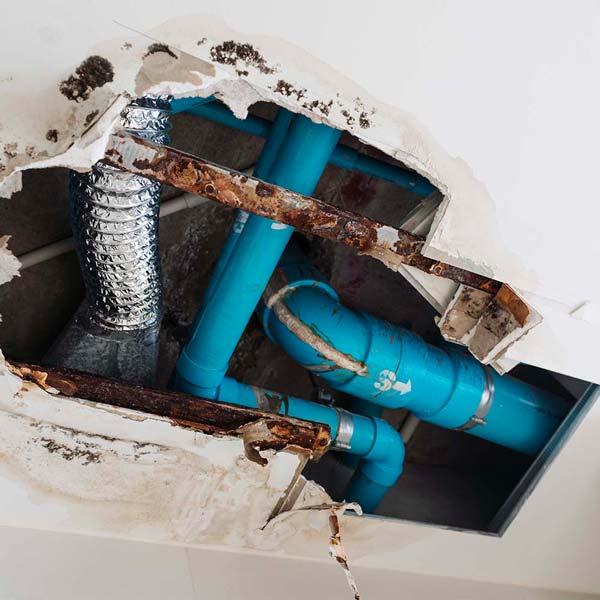 Leak in a home located in Costa Mesa.