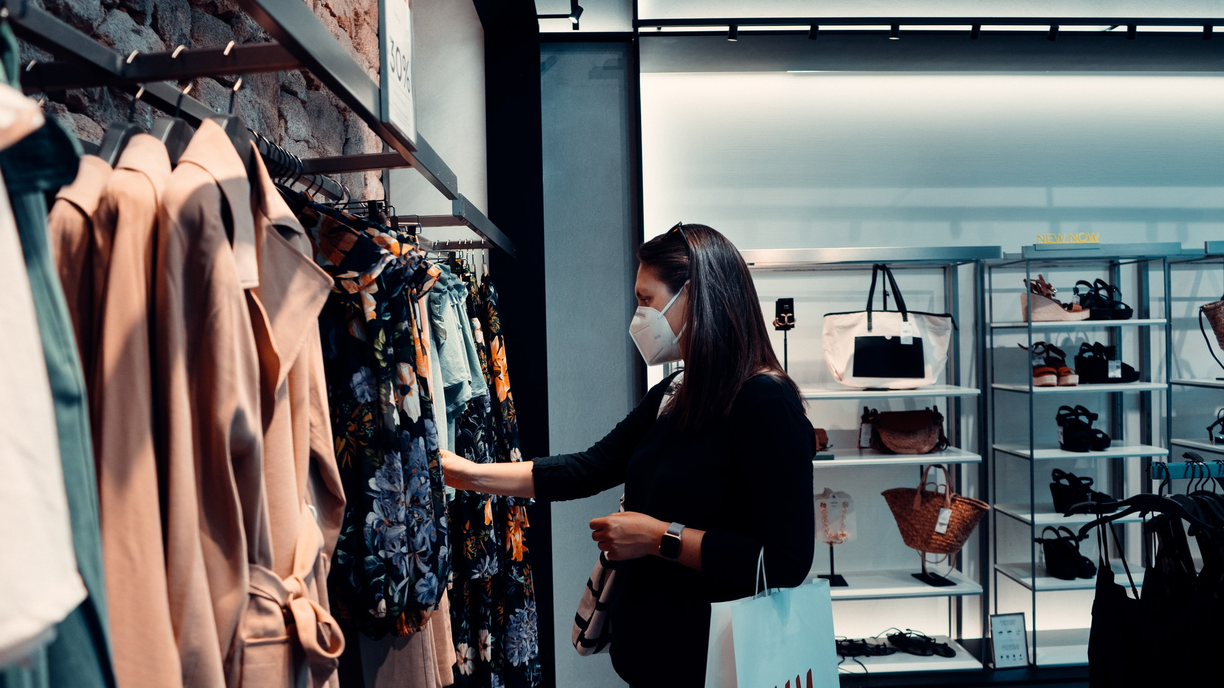 How Retailers & Ecommerce Merchants Can Hit Their Climate Goals