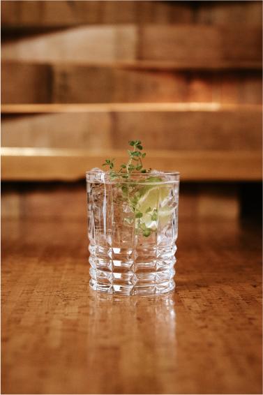 Vodka, soda, lime & thyme!