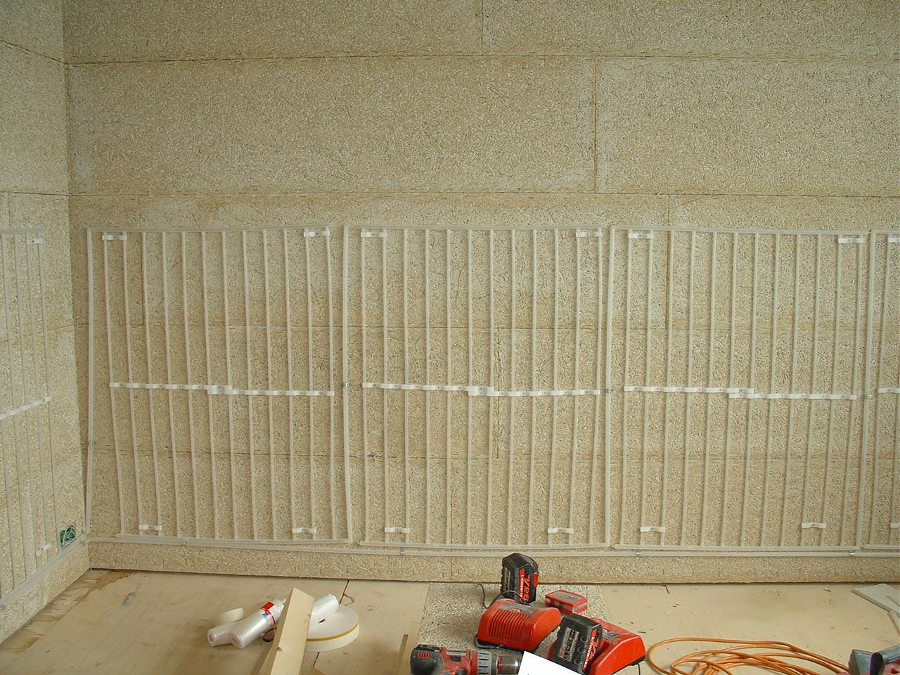 Aus gutem Grund erstelle ich Flächenheizungen nur mit den Tichelmann Elementen aus recyclingbarem Polypropylen aus dem Hause www.egger.ag