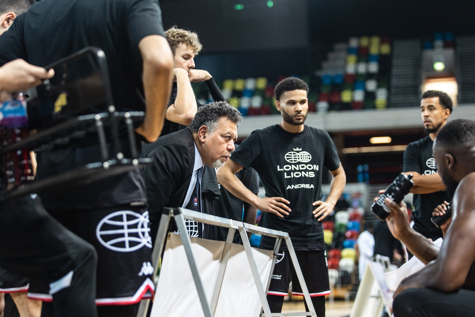 Lions look to down Flyers in BBL Cup