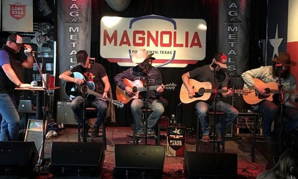 preview of Brent and others on magnolia stage