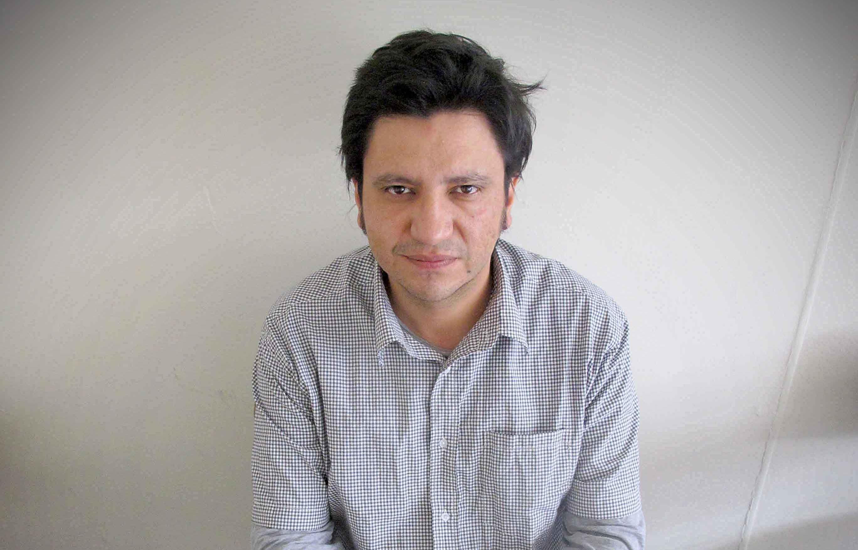 Bijna een vader - Alejandro Zambra (webcam)