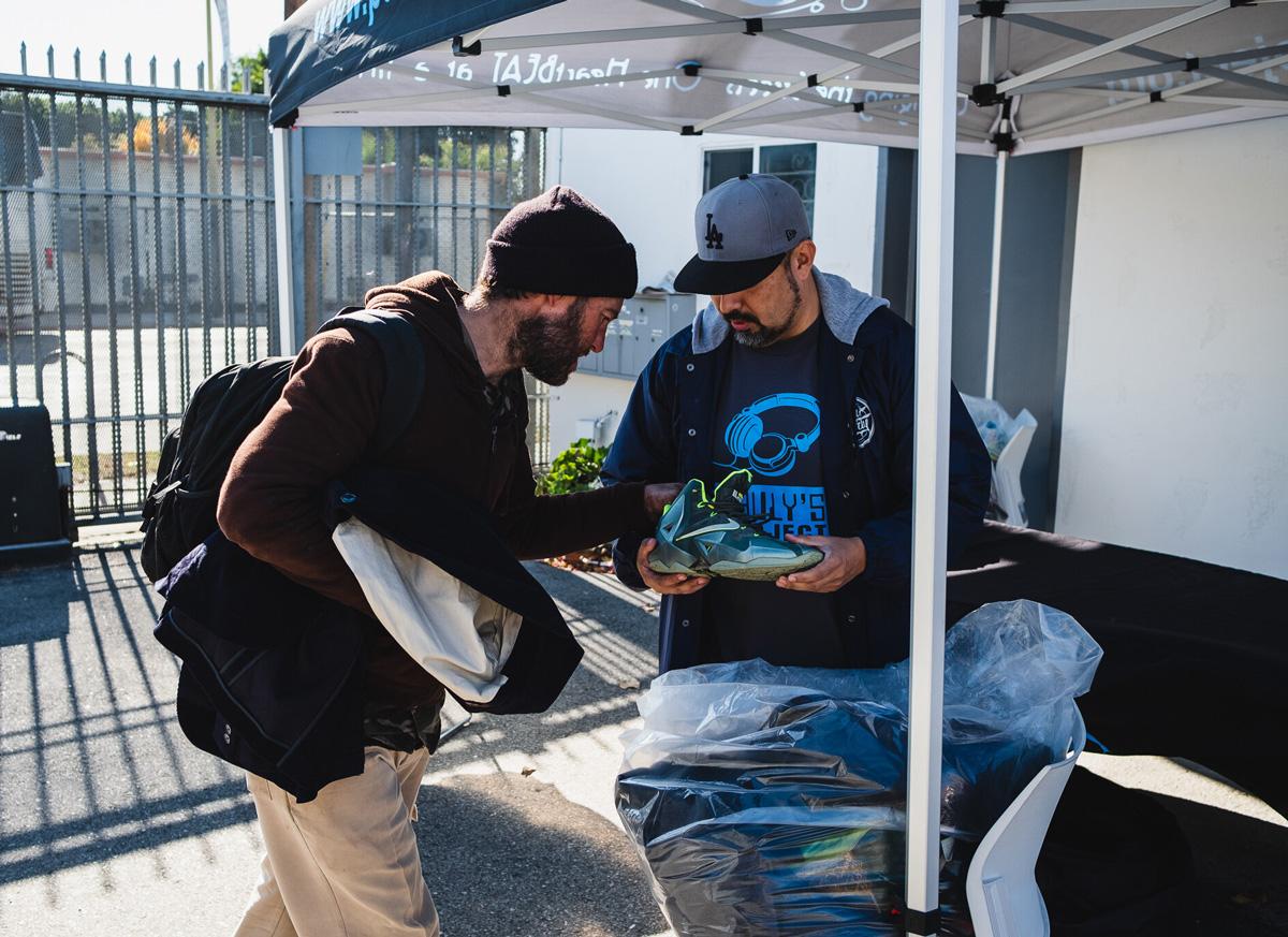 Paul Avila helping the homeless