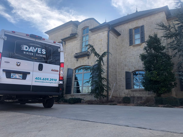 A clean residential window offered by Dave's Window cleaning in Oklahoma City.